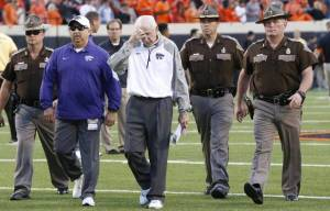 Bill Snyder and Kansas State led all game against Oklahoma State, until the Pokes took a lead midway through the fourth quarter. (Wichita Eagle)